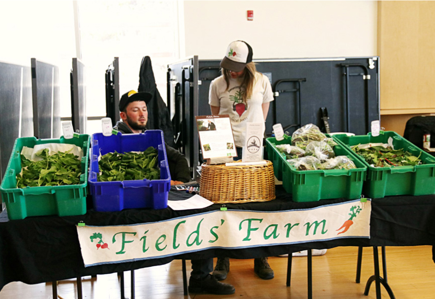 Field Farm presents their produce. The Fields Farm is a ten acre farm located in Bend Oregon that is family-owned. This farm has been growing produce since 1989 and is celebrating their 28th year in business.